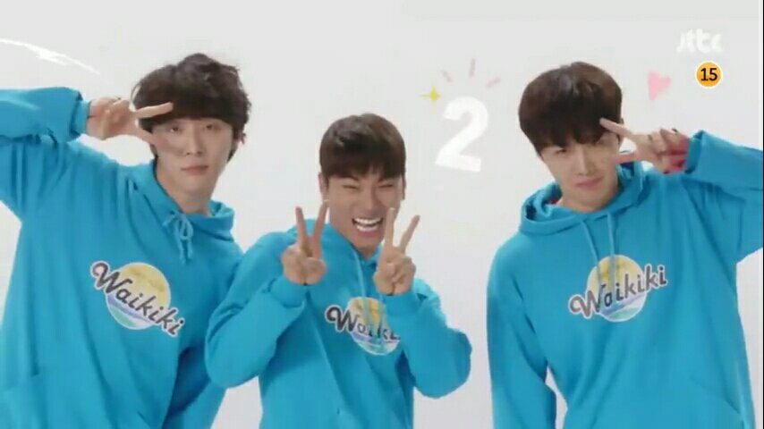 boys in laughter in waikiki season 2